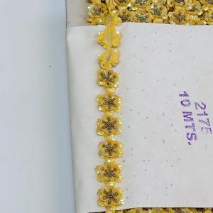 Bloementjes band pailletten parel Fel geel